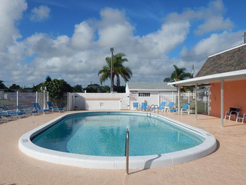 Delray Beach All Age Villa For Sale Carolyn Boinis Real Estate Broker