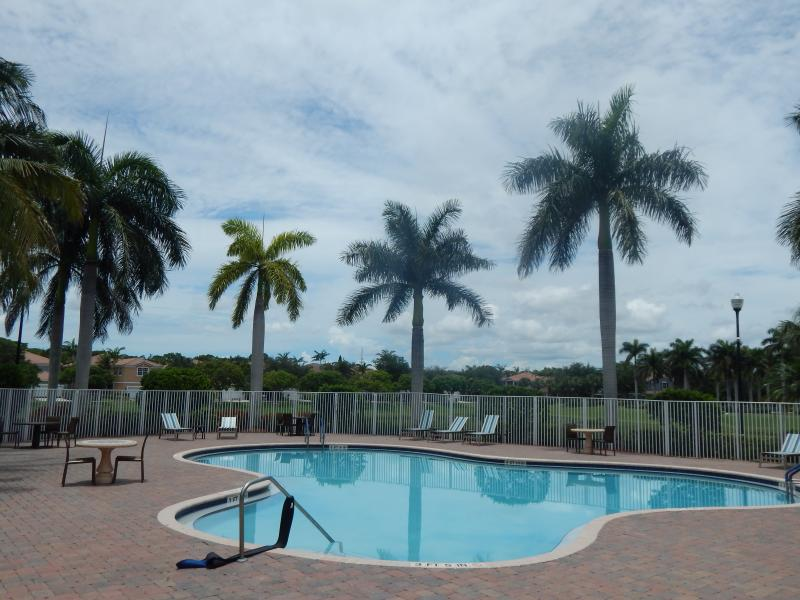 Delray Beach Florida 2 car garage townhouse for Rent Carolyn Boinis