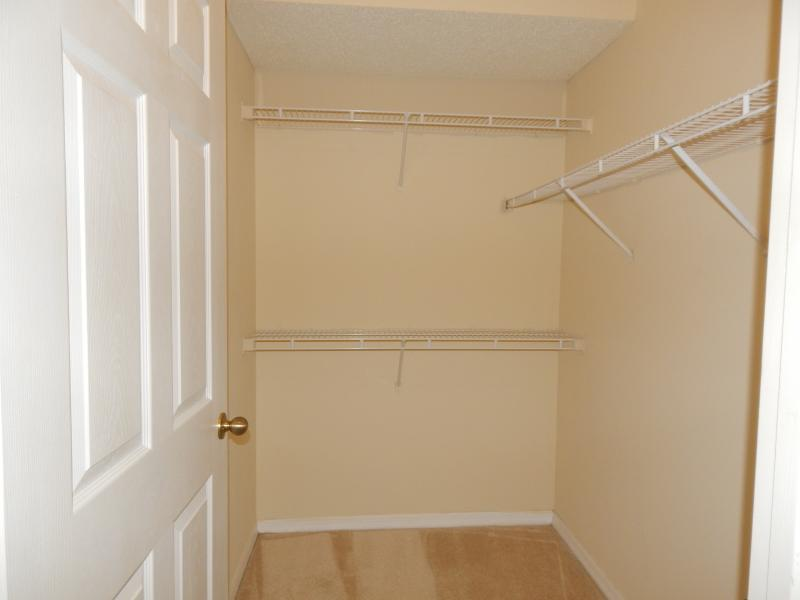 2 bed condo for rent Carolyn Boinis Realty Home Advisors