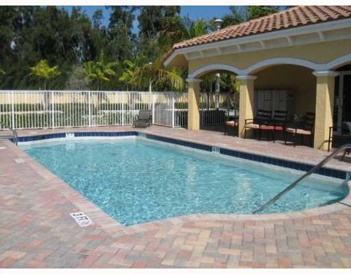121 Bayfront Boynton Beach Carolyn Boinis RE/MAX