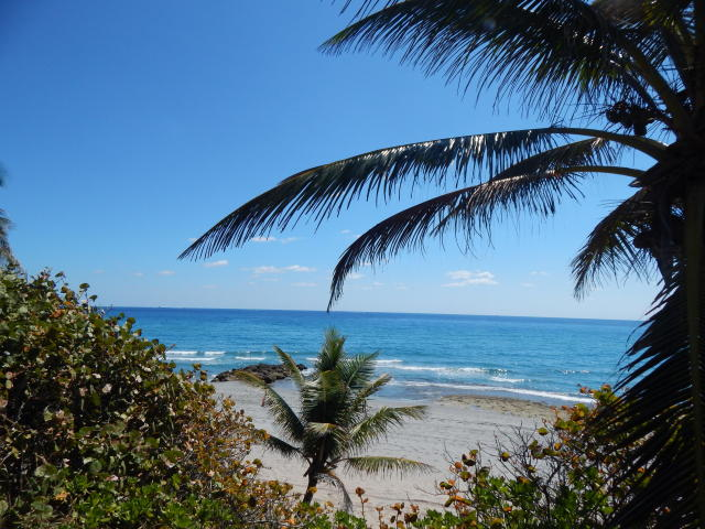 Boca Teeca Rental 2 bed 2 bath den Boca Raton Carolyn Boinis Realty Home Advisor